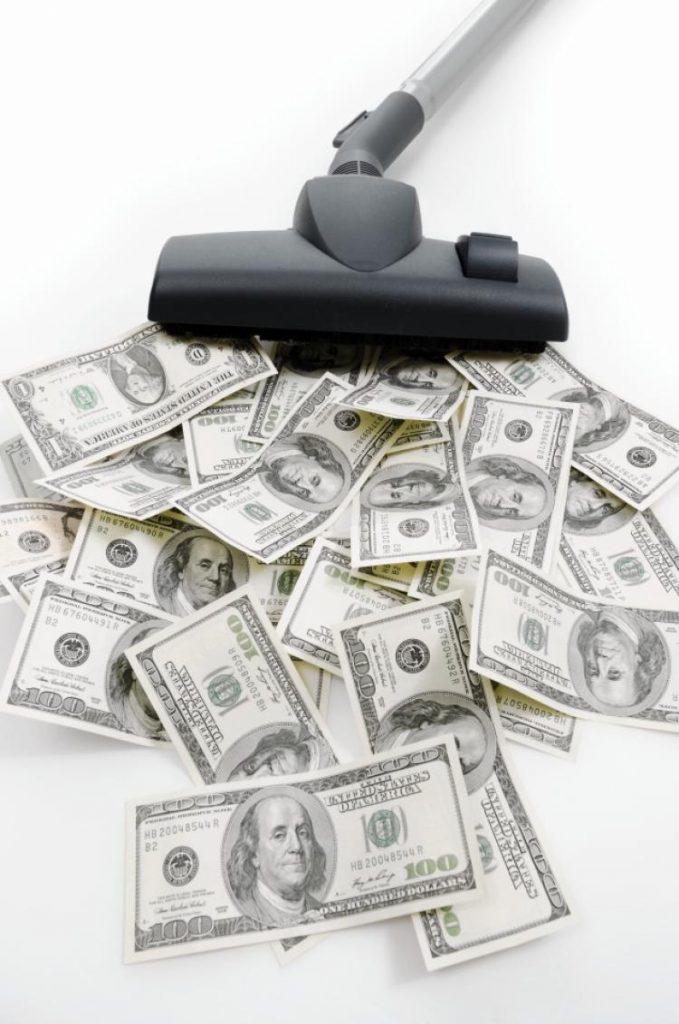 Vysavač a peníze
