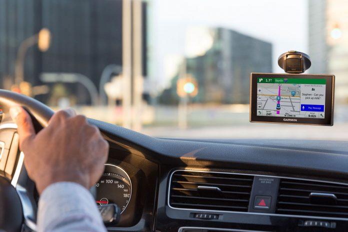 GPS navigace do záhlaví