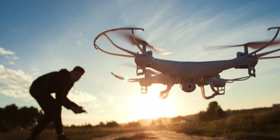 Řízení dronu